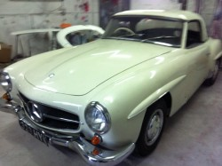 1950s mercedes 190SL small _52121