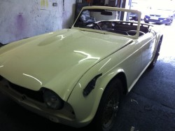 triumph tr4, after white small_41217