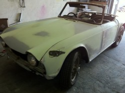 triumph tr4, before white small_66802