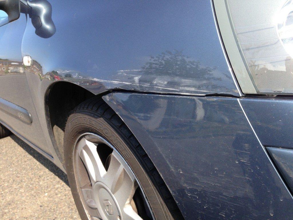 Renault Clio Restoration - image 12