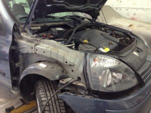 Renault Clio before ( during the repair stage )