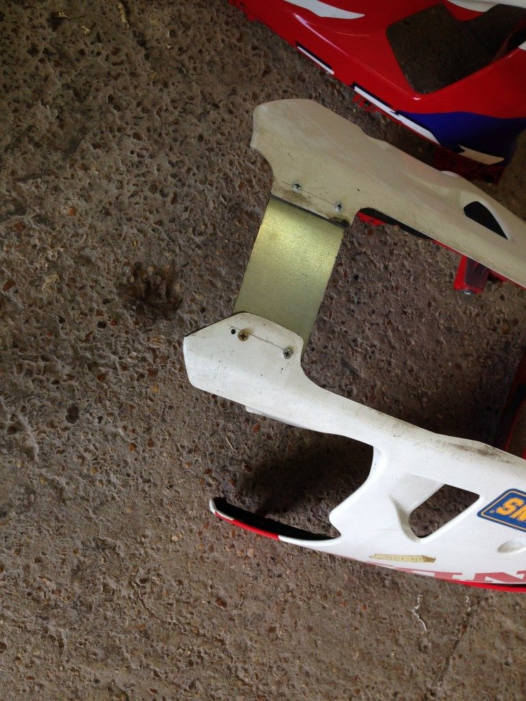 Honda RC45 Fairing Repair Restoration - image 12