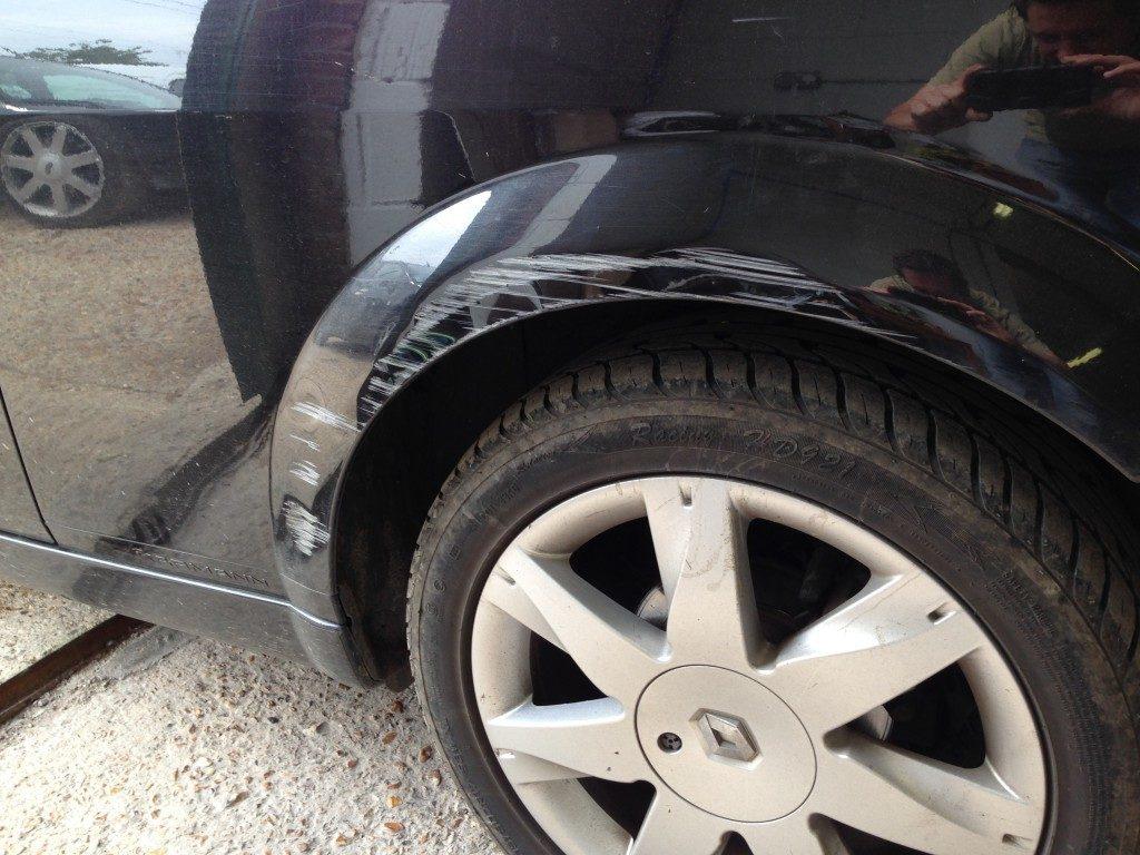 Renault Megane Bumper Restoration - image 8