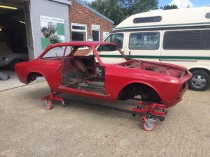 alfa romeo gtv 1750 - shot blasting and priming