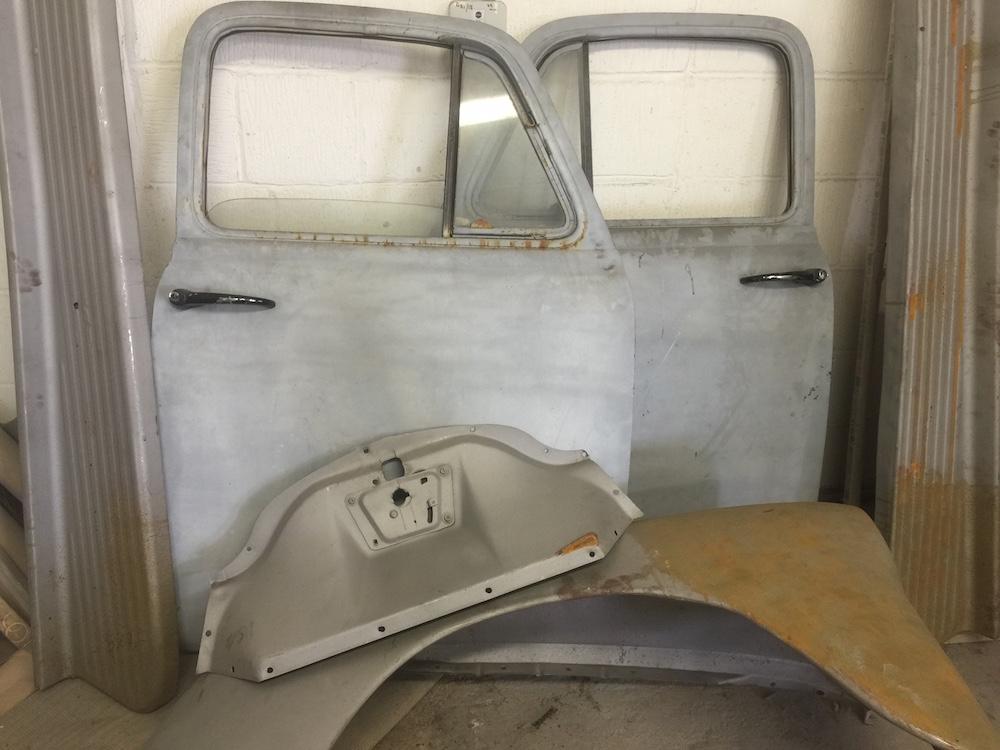 1952 Chevy truck Restoration - image 8