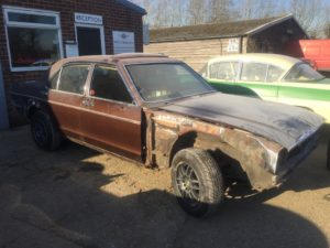Ford Granada MK1 restoration in progress