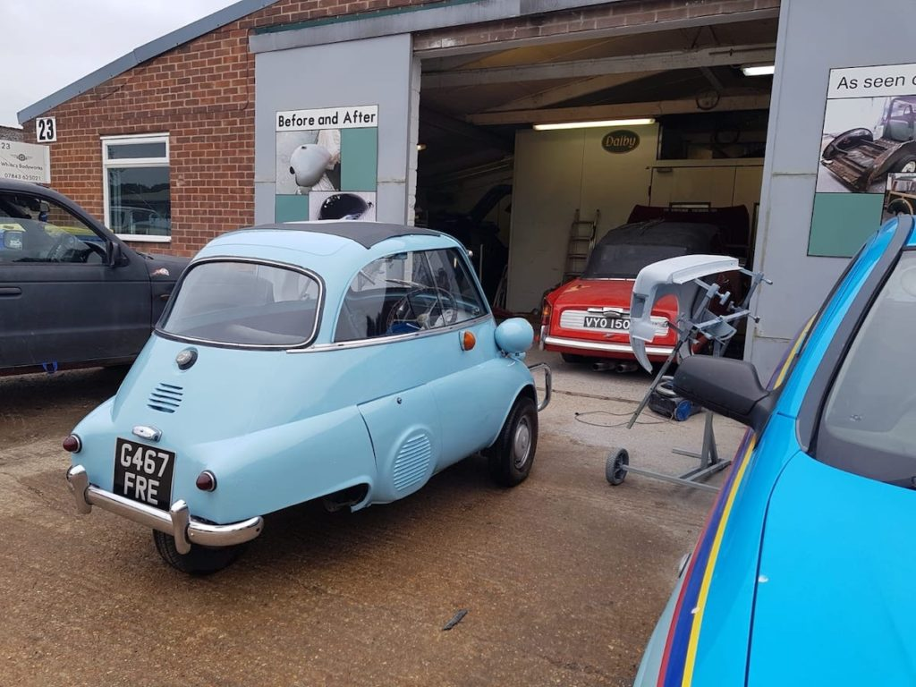 Isetta bubble car respray in progress Restoration - image 48