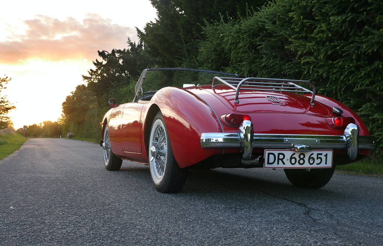 5 Best Road Trips for Classic Car Owners